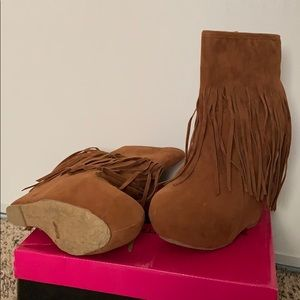 Fringe wedge bootie, suede, brand new, size 6.5